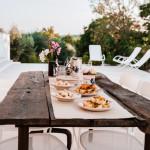 L'aperitivo in veranda con i prodotti della tradizione pugliese