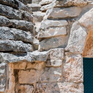 Un dettaglio dei trulli di Tre Casiedde, casa vacanze in Puglia