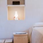 Un angolo della camera Rosmarino nella lamia con volta a botte