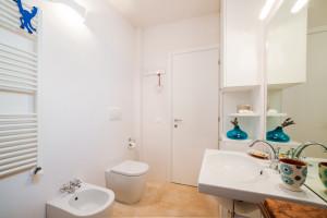 Uno dei bagni della casa vacanze Tre Casiedde