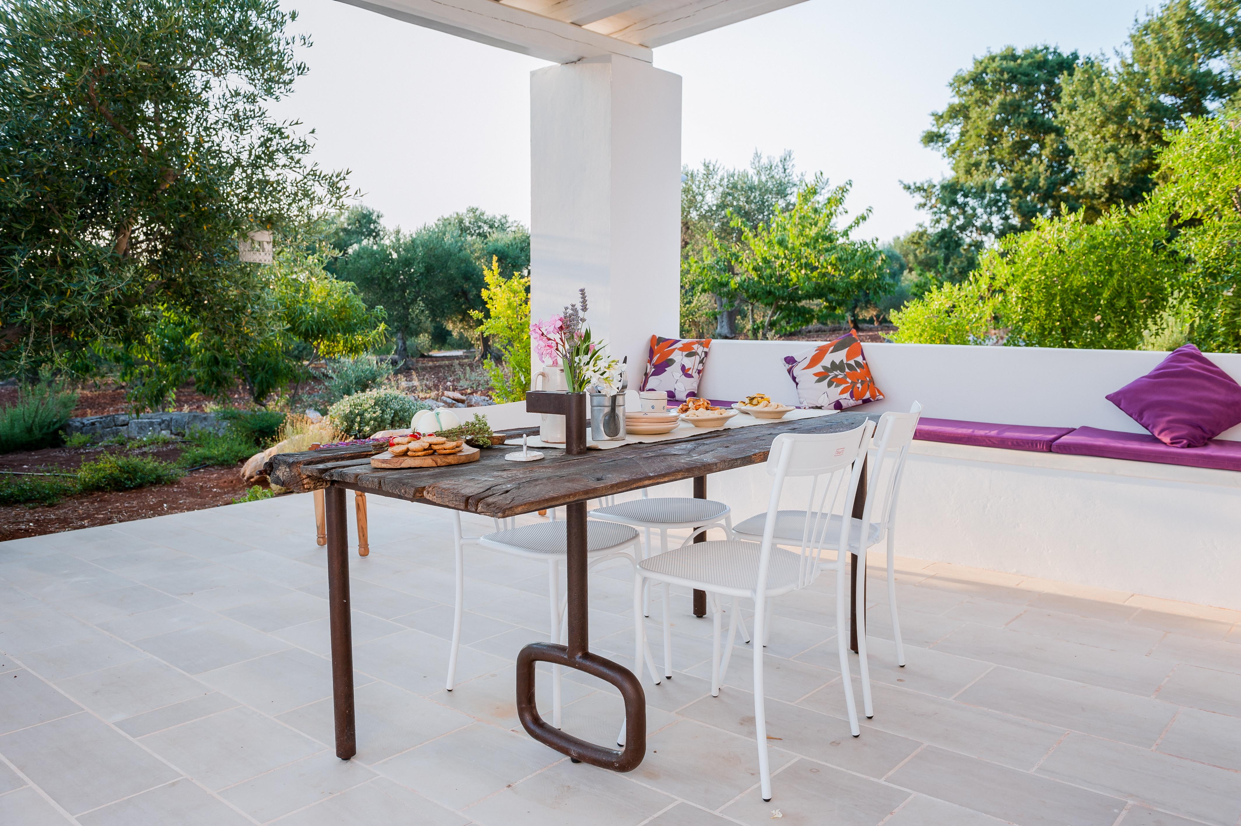 La porta-tavolo di Tre Casiedde per il tuo aperitivo o la colazione